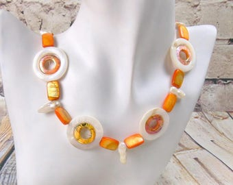 Mother of Pearl necklace, Pearl necklace, Pearl necklace, circles mother-of-Pearl, squiggle, orange, ivory, plaques, gift, mother's day, birthday