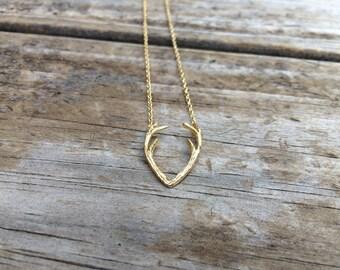 Gold Antler Necklace, Horn Charm Necklace, Deer Necklace, Minimalist Necklace, Gift for her, 18k Gold