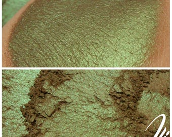 Cannabrownie - Brown Green Eyeshadow Pigment - ili