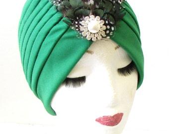 Green White Pheasant Feather Turban Headpiece 1940s WWII Cloche WW2 Hair 1158