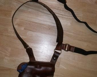 Custom leather shoulder holster rig, spectre style