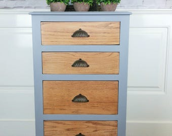 SOLD******Chest of drawers in grey with a waxed finish and wooden drawers