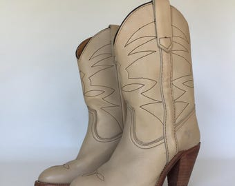 Late 1970s 1980s Frye Cowgirl Boots - Size 5.5