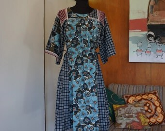 Vintage Pull On Style Plaid & Morning Glory Print Cinched Waist 3/4 Sleeve Dress Size S/M