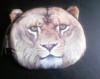 Lion change coin purse 6 in by 5 in, zipper, FREE SHIPPING