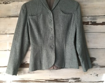 Vintage 40's tailored tweed jacket / wool fitted women's jacket / cloth covered buttons / gabardine lining / periwinkle blue // Anthology //