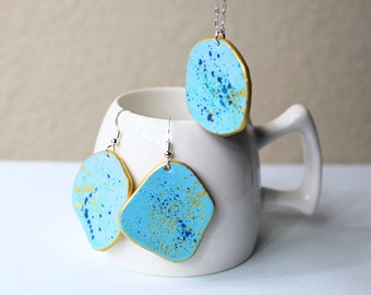 """Blue """"Ceramic"""" jewelry set, Leather jewelry set, Earring necklace set, Hand painted jewelry, leather gifts for women, leather gift sets"""