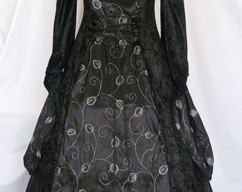 medieval dress pagan gown goth costume velvet Fantasy Handfasting  Renaissance wedding custom made to any size clothing faire larp