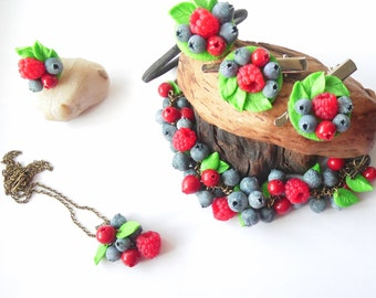 Set raspberry blueberry lingonberry polymer clay jewelry berry barette berries scrunchy gift for her summer jewelry berry jewelry cowberries