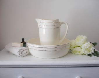 French vintage wash basin and pitcher,  Badonviller, cream & gold, 1920s, broc et bassine de toilette Badonviller, French art deco