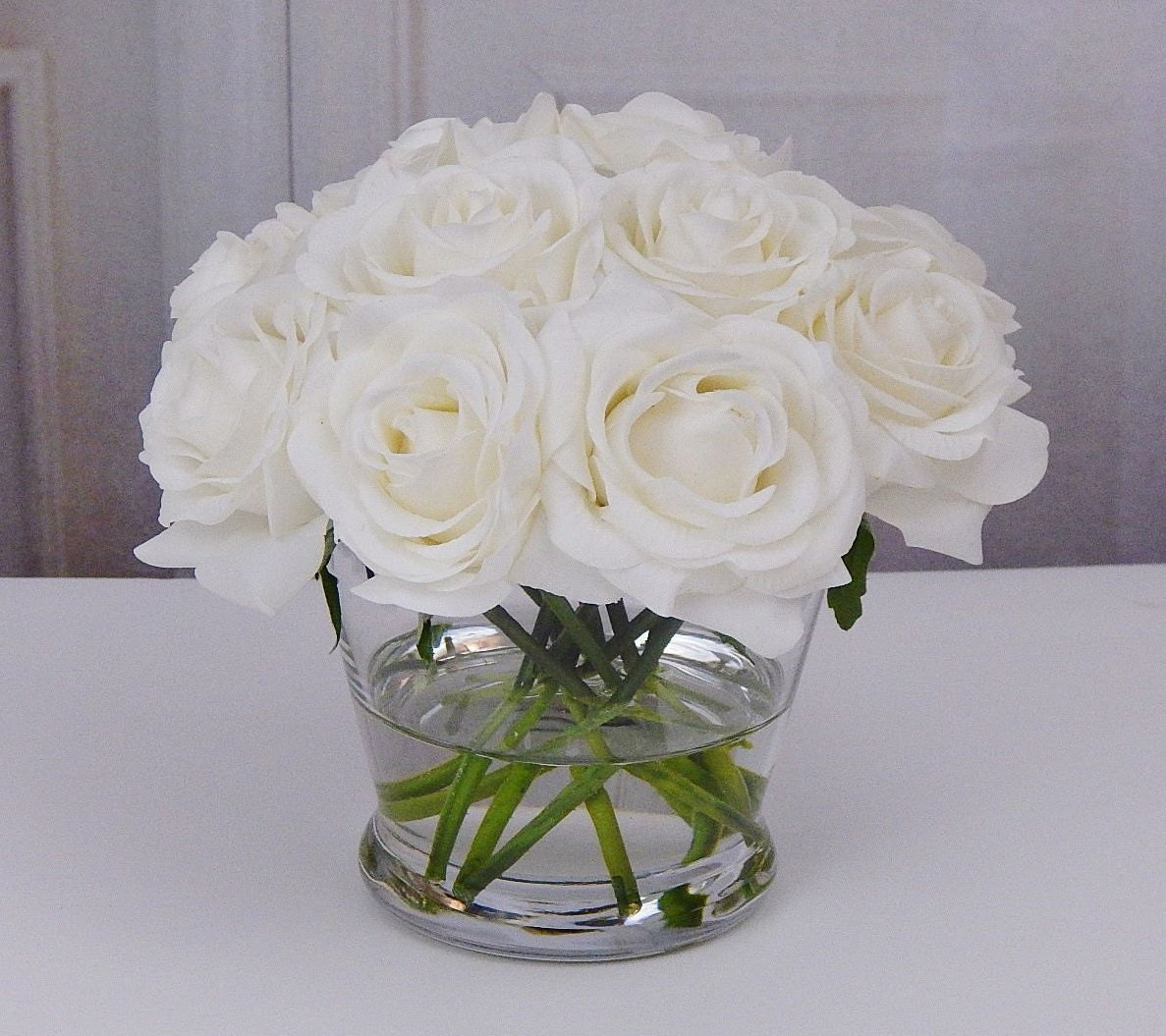 12 white or cream roseroses glass vase faux water acrylic 12 white or cream roseroses glass vase faux water acrylicillusion silk real touch flowers floral arrangement centerpiece decor reviewsmspy