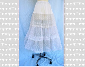 Vintage white lace Crinoline 2 layer  slip- rockabilly  ruffled pettioat tea length wedding prom fits sizes S and M