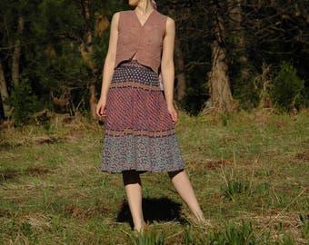 FREE SIZE... Vintage 1970s Indian Wrap Skirt... Cotton Skirt... Boho Skirt... Gorgeous Colors