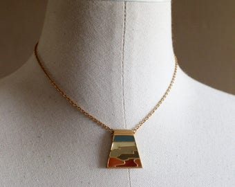 Vintage | 1980s | Gold Pendant Necklace | Costume Jewelry