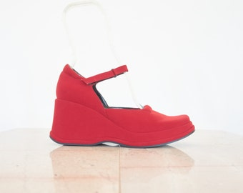 90s Red Platform Wedge Mary Jane Shoes / Women's Size 7.5 US - 38 Eur - 5.5 UK