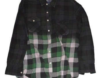Medium Green Black Dip-Dye Flannel