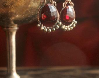 m i l a g r o  // red quartz and pyrite oxidized copper earrings