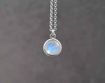 Moonstone necklace, Sterling necklace, Moonstone jewelry, Layering necklace, Gift for her, Minimalist jewelry, Dainty necklace, Jewelry gift