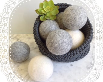 Large Wool dryer balls, 8cm (3 inches).  Set of 3 or 6 Felt Balls, 100% Wool, Natural white or Gray, Hypo-Allergenic, Dye-Free, 8 cm