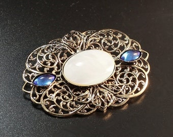 Vintage Brooch with Shell Cabochon , 40x50mm (B1-10)