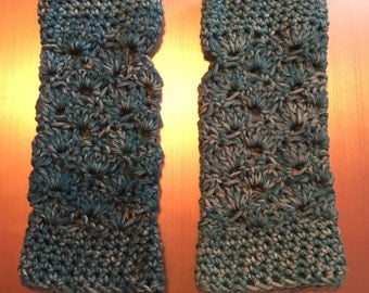 Queen Carapace Fingerless Gloves, without thumb