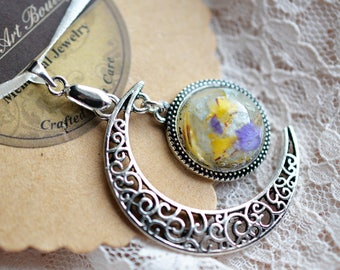 Moon Pendant, Memorial beads, Memorial Jewelry, Funeral flowers, dried flowers, Wedding Flowers, Anniversary Flowers