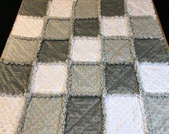 Baby Rag Quilt, Rag Quilt, Minky quilt, toddler quilt, baby blanket, baby bedding, toddler bedding, baby gift, White and gray,