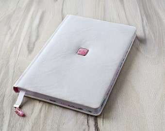 White leather journal notebook Girl gift Vegan leather diary Lined journal Stationery gift Monthly planner Writing journal White notebook