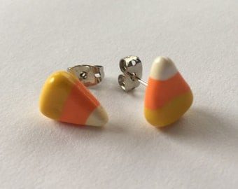 Candy corn earrings - Halloween earrings - polymer clay -  Candy corn accessory - Halloween Jewelry