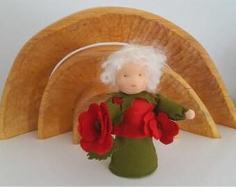 Rose - Flower child- Waldorf inspired- Nature table - Seizoentafel - Antroposofisch