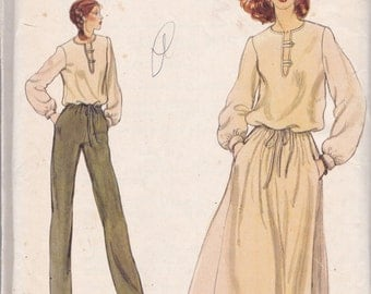 Vogue 7161 Vintage Pattern Womens Tunic Top, Flared Skirt, and Pants Size 10-12 UNCUT