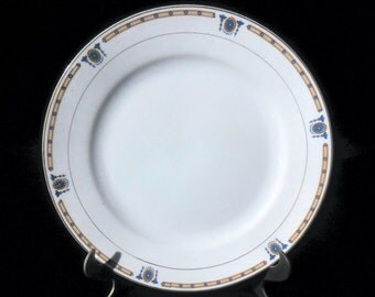 Noritake Dinner Plate in the Beverly pattern circa 1913