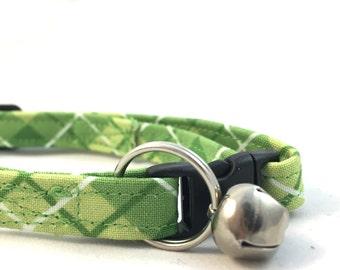 Green Plaid Cat Collar/Modern Cat Collar/Breakaway Cat Collar/Plaid Dog Collar/Modern Collar/Girl Collar/Trendy Cat Collar/Fancy Cat Collar