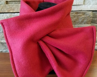 Red Scarf, Keyhole Scarf, Chilli Red Fleece Scarf, Womens Scarf, Winter Scarf, Valentines Gift, Red Fleece Scarf, Gift for Her, Mom Gift