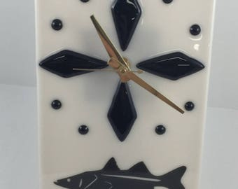 Free Standing SNOOK Clock