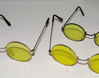 3) Yellow Sunglasses Round Glass Lenes