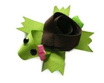 Sculpted turtle hair bow