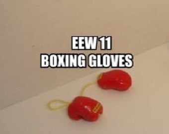 Dollhouse Miniature Boxing Gloves, Pair #EEW11