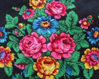 Russian shawl, black scarf, Wool shawl, Vintage Russian , Babushka Scarf ,Ukrainian shawl , floral scarf, Babushka Russian