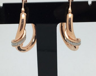 18K Rose Gold and White Gold Matte Hoop Earrings