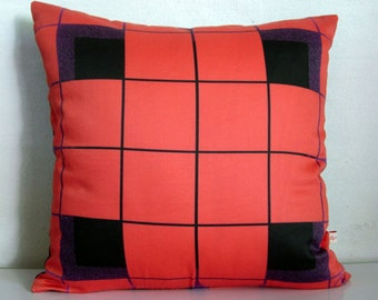 Red THROW pillow cover,RETRO,geometric print,red pillow cover,geometirc,eco friendly organic cotton, decorative pillow, cushion,43cm x 43cm