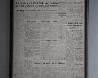 Vintage European Newspaper Le Monde First Issue : Old French Newspaper from December 19th, 1944