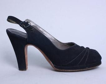 Vintage 1940s Shoes   Black Suede Platform Slingbacks with Button Detail on Vamp   Size 6B