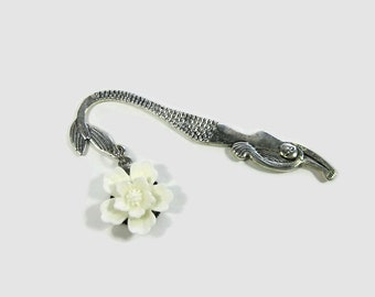 Resin Flower Mermaid Shepherd Hook Book Mark, Mermaid Bookmark (white)