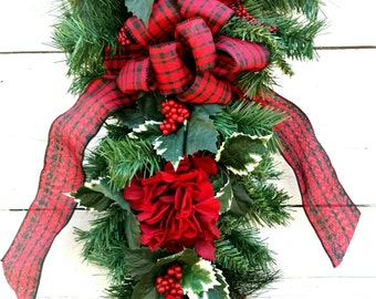 Winter Swag, Christmas Swag, Winter Wreath, Christmas Wreath, Holly Swag, Holly Wreath, Red Hydrangea Christmas Swag, Christmas Door Decor
