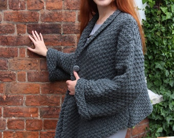 Grey Chunky Knitted Ladies Jacket Size M