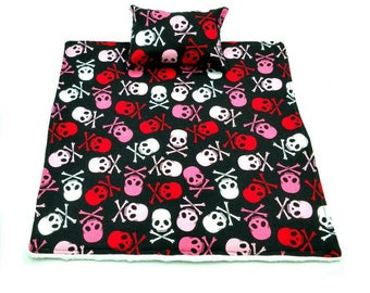 Pink/red/white/black skulls/skull and crossbones blanket and pillow for reptiles/beardie/bearded dragon/small pet/animal