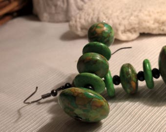 Green Magnesite and Wood