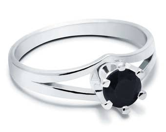Black Sapphire Ring, 925 Sterling Silver. SIZE 5.50 (inner diameter 19mm), color navy blue, weight 2.2g, #45200