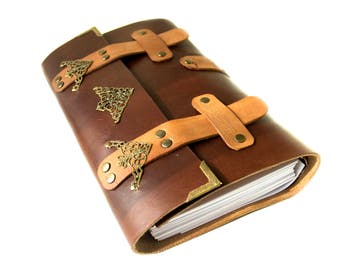 Medieval Journal - Blank Journal - Cosplay Journal - Cosplay - Regular Size Leather Notebook - Notebook with Rings - Removable Inserts
